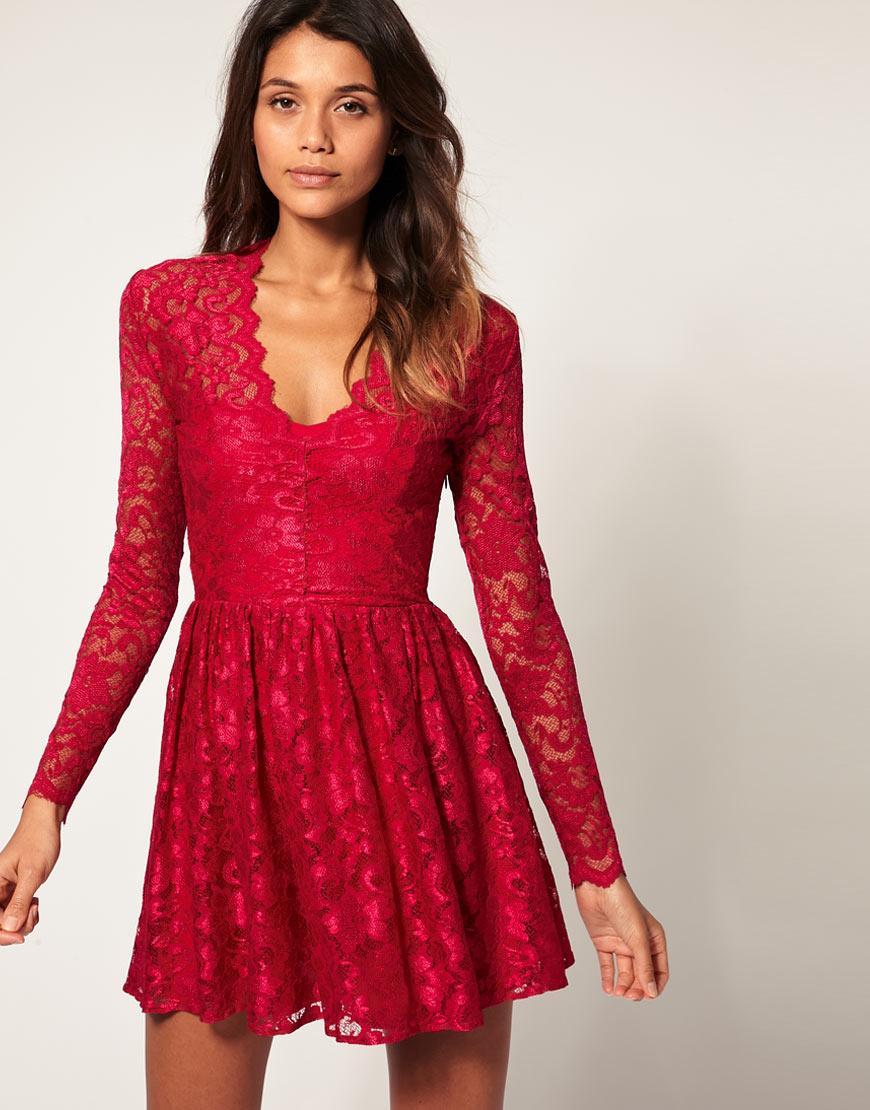 des robes soir es pour les f tes de fin d 39 ann e magnifiques astuces pour femmes. Black Bedroom Furniture Sets. Home Design Ideas