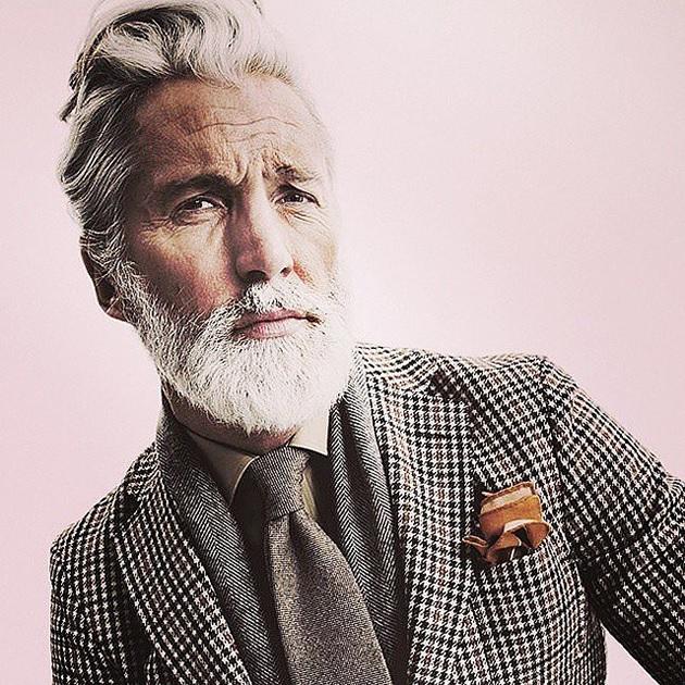homme-cheveux-gris-2