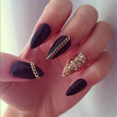 Black-Nail-Art-Images-Ideas.