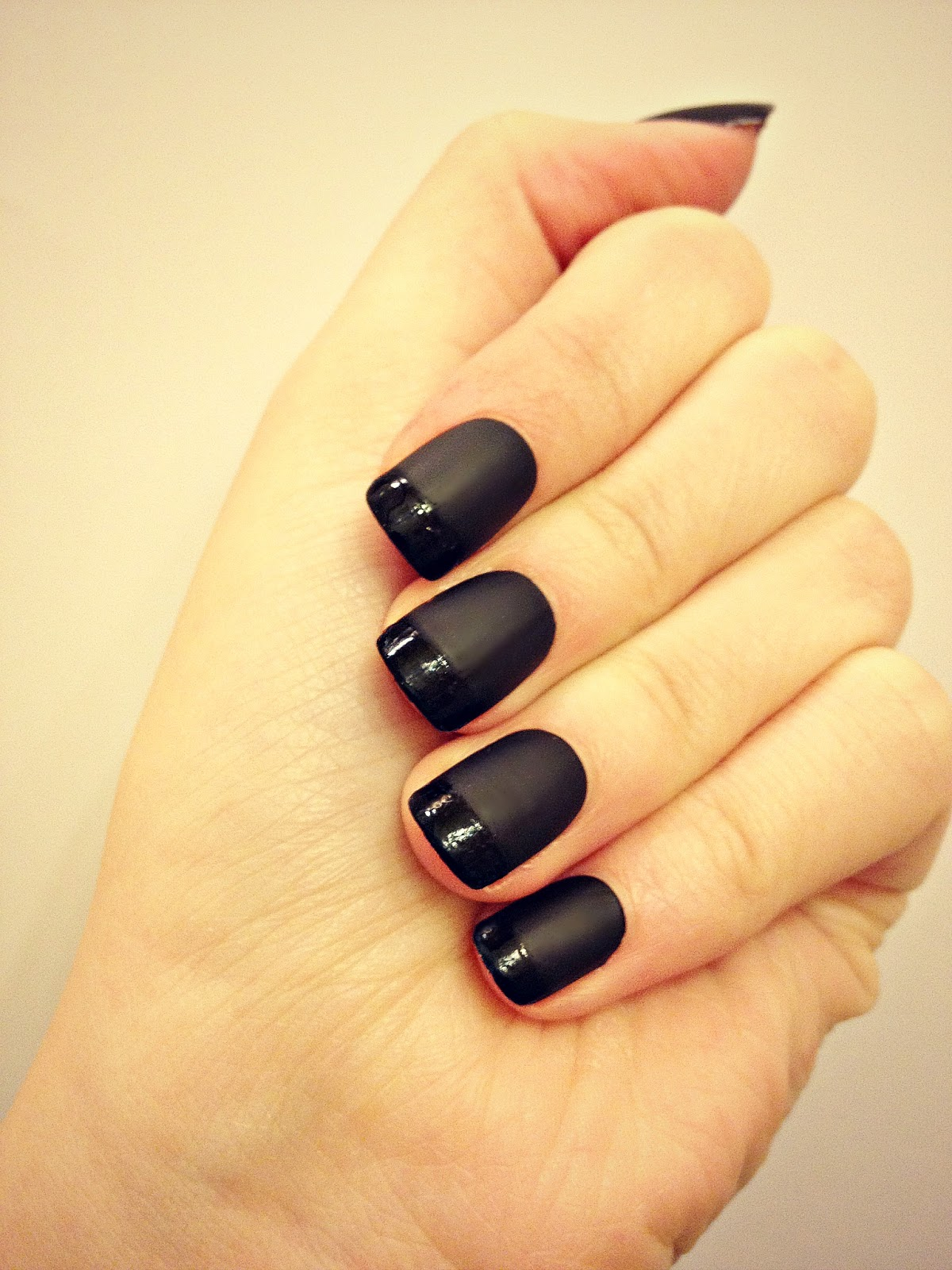 Black-Nail-Polish-Designs.j