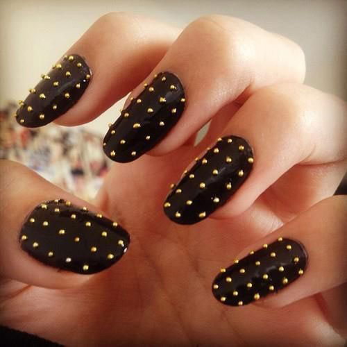 Easy-Black-Nail-Art-Designs-Ideas