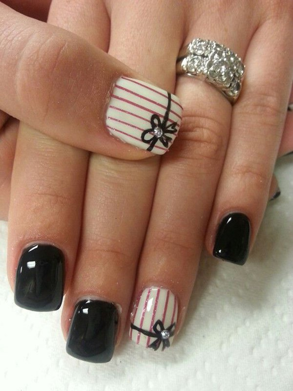 Lovely-Black-Nail-Art.