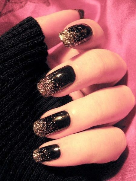 black-nail-art-for-beginners.