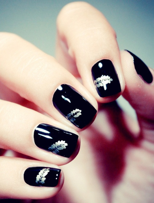 cute-black-nails.