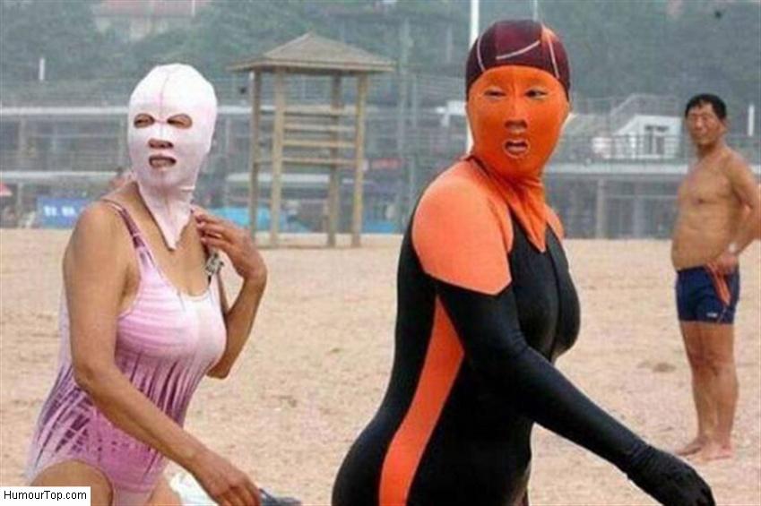 femmes_ninjas_sur_la_plage_au_Japon_