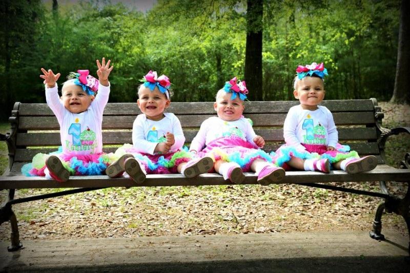 Cette-Maman-Attend-Des-Triplets-Mais-Quand-les-Docteurs-Ont-Dis-qu'il-Y-a-D-autres-Pieds-Tout-Le-Monde-Etait-Sous-Le-Choc-11