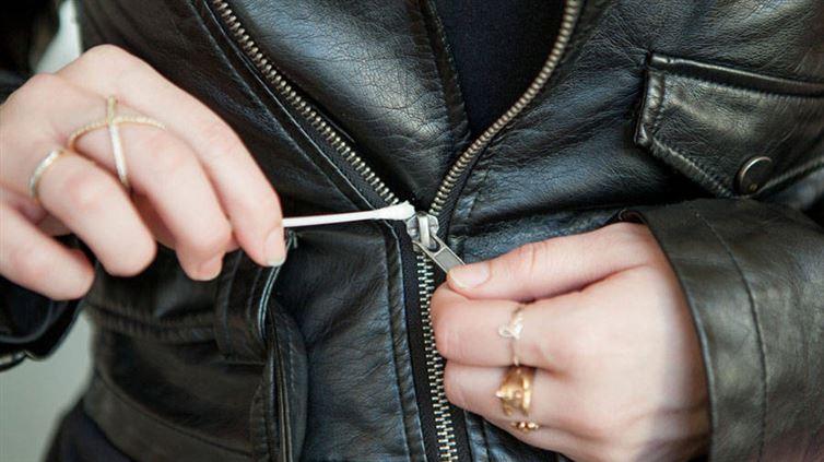 decoincer-les-zips-bloques