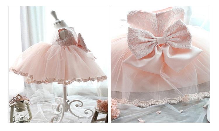bfe7c0acd08 Vous cherchez un jolie modèle de robe pour l anniversaire de votre fille !  Si elle va à une fête
